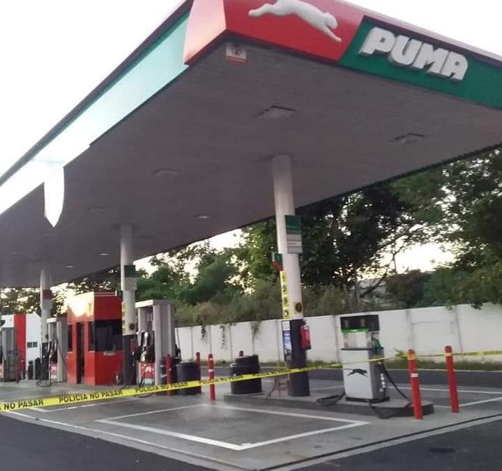 Empleados de la Gasolinera PUMA ex vifrio ilopango frustan asalto